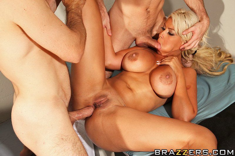 Daisy foxx deep throat video